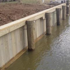 Wooden-Bulkhead-on-the-North-East-River